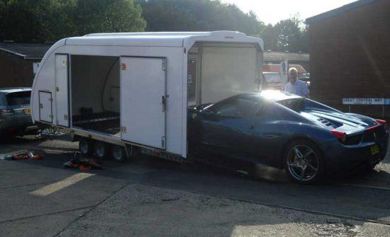 customer-trailer-loading
